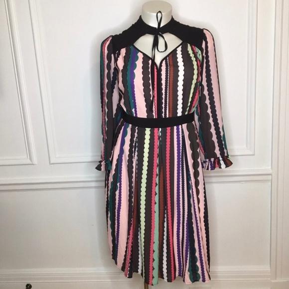 Eloquii Dresses & Skirts - Eloquii Tie Neck Ruffle Sleeve Dress